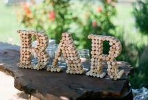 Crafts: Corks, Wine Corks, Cork / Craft projects, home decor, and other ideas with wine works or wine bottles.