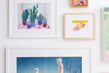 Gallery Walls / How to make a gallery wall- lots of examples of gallery walls with photos and gallery walls with items - DIY gallery walls