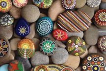 Crafts with Rocks, Nature, Stones / Crafts and art made with rocks, stones, and concrete.