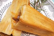 Tamales + Tamale recipes / How to make tamales, homemade tamales, tamales recipes like abuela used to make! Gotta love tamales all year long, not just Christmas tamalas