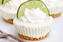Yummy Desserts / by Kris Boberg