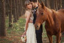 Animales en las bodas / Muchos de los novios adoran sus mascotas por lo cual tomarse fotos con ellos en su boda no tiene nada de malo