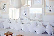 the white room / White spaces. Designing with white.