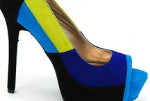 Fashion-Shoes / Shoes shoes and more shoes!! / by Nathalie Potvin