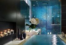 Home-Bathrooms / by Nathalie Potvin