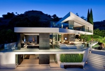 Home-Exteriors / by Nathalie Potvin