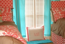 Home-Girls Bedrooms / by Nathalie Potvin