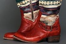 Shoe & boot Heaven / by Ann Thurmond