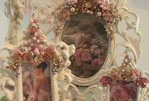 Lovely ♥ Vignettes / by Dinah Roberts