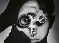 Ilse Bing /  Bing (née le 23 mars 1899 à Francfort-sur-le-Main et morte le 10 mars 1998 à New York) est une photographe allemande.