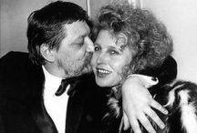 Reiner Werner Fassbinder / Rainer Werner Fassbinder est un réalisateur allemand, né le 31 mai 1945 à Bad Wörishofen (Bavière) et mort le 10 juin 1982 à Munich. Il est l'un des représentants du nouveau cinéma allemand des années 1960-1970 . Il a été également acteur, auteur et metteur en scène de théâtre.