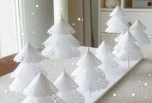 Christmas Party Ideas / Fun ideas for decor, activities, drinks and snacks at your next Christmas Party!