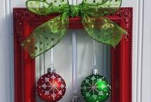 Christmas Decorations DIY / These would be so easy to change for all holidays! Best Christmas Decorating DIY Ideas.