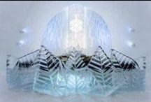 Hotel di ghiaccio: freddo e magico living / La fine dell'Inverno è vicina e noi di Dalani vogliamo salutare questa stagione con un'idea originale e romantica per i veri amanti del freddo. Hotel realizzati interamente nel ghiaccio, accolti da morbidi pellami e letti di neve, poltroncine cristalline e tavoli trasparenti. Il living si ispira così al gelo polare diventando magia...