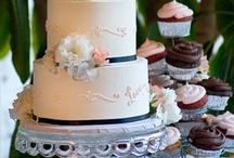 Cake-o-rama! / Gorgeous cakes! / by Lara Ellison