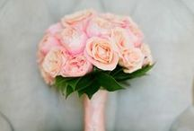Beautiful Wedding Bouquets / Floral and color inspiration for bridal bouquets <3