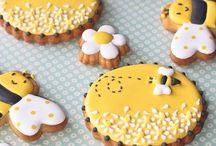 Cookies / by Danette Neiweem