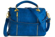 Handbag Love / by HealthyTravelMag