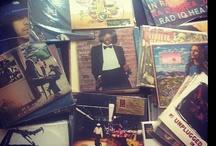 """Vinilos (Mi colección) / Acá voy a comenzar a compartir fotos de mi colección de discos de vinilos. La idea es entregar información de cual edición tengo, un link para escuchar el disco completo y el link de una canción seleccionada como """"Mención Honsora"""", no necesariamente la mejor, sino una que a mi, por alguna razón me pueda parecer importante para destacar. Ahora... ¿Para qué hago todo esto? No tengo idea. Vinilos, Vinyl, Collection, Colector, Colección, Record, LP. / by Nino Aguilera"""