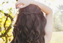 Hair and Makeup / by Sarah Martinez