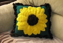 Crochet Pillows & Rugs / All patterns are free