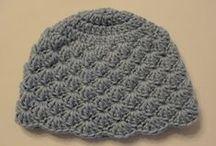 Crochet - bonnets, mitaines et châles  / by P'tits vikings
