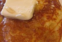 Breakfast Recipes / by Michelle Witkowski