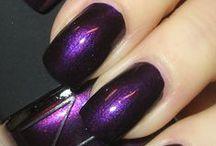 Nails / by Kiki Lutz