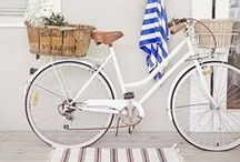 Biking in New York City / Cute accessories and cuter velos for bike lovers.