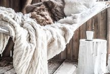 [ Inspiration ] Faux-fur / Cosy home decor inspiration with (faux) fur.