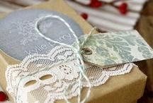 Gift wrapping/ Pakkies maak