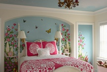 Little Girl's Room / by Melody Flowers