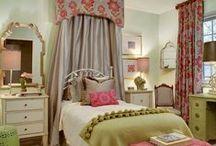HOME - Little Girls Room
