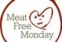 ѼI'd €at That! Meat Free Mondays / by Gina Burlovich