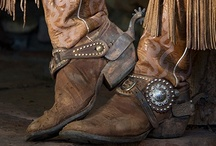 Shoes - Boots Cowboy Style / by Diane Gervais