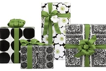 Christmas gift & wrapping / by Jimi Mirsberger