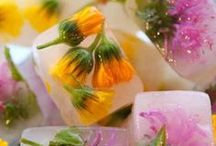 Edible Flowers / by Tracy Jones