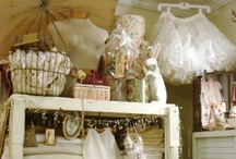 DECORATE Vintage Shabby Chic / by Kathy Venable Thibodeaux