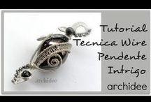 Archidee Videos - Wire Tutorials & Creations / Qui ho raccolto tutti i miei tutorial sulla tecnica wire, li troverete anche in una playlist sul mio canale, se volete sostenermi iscrivetevi!!! Questi sono i link dei miei due canali http://www.youtube.com/user/dianaarchidee http://www.youtube.com/user/archideedidiana