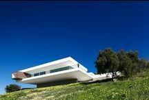 Architecture- I like-OUTSIDE / by Shani Mcgecko