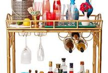 Hosting Tips & Tricks / Everything you need to know in order to be the perfect hostess