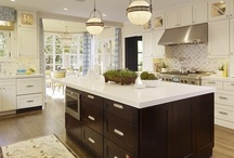 Rooms: Kitchens: Backsplashes / by Joanne Dimeff Interiors