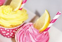 Cookie and Cake Decorating / Cookie and Cake Decorating and Frosting Ideas