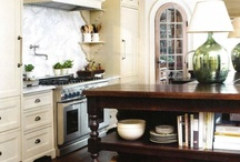 Kitchens / by Kim Fink
