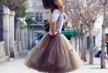Style Me Pretty / Wardrobe inspiration for a fabulous woman...