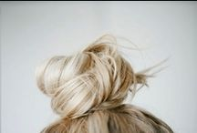 HAIRS / Ohh, if only my hair worked like this! / by Liesel Wiscombe