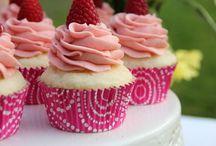 Cupcakes / by Janice Blasingame