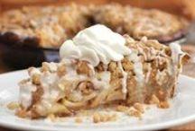 Cakes & Pies / by Janice Blasingame