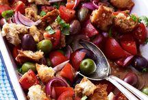 Salate / Als Hauptspeise, Beilage oder Zwischenmahlzeit - knackige Salate sind vielseitig, lecker und gesund.