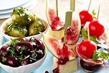 Antipasti, Tapas & Fingerfood / Rezepte für kleine Zwischenmahlzeiten und Häppchen für jede Gelegenheit.